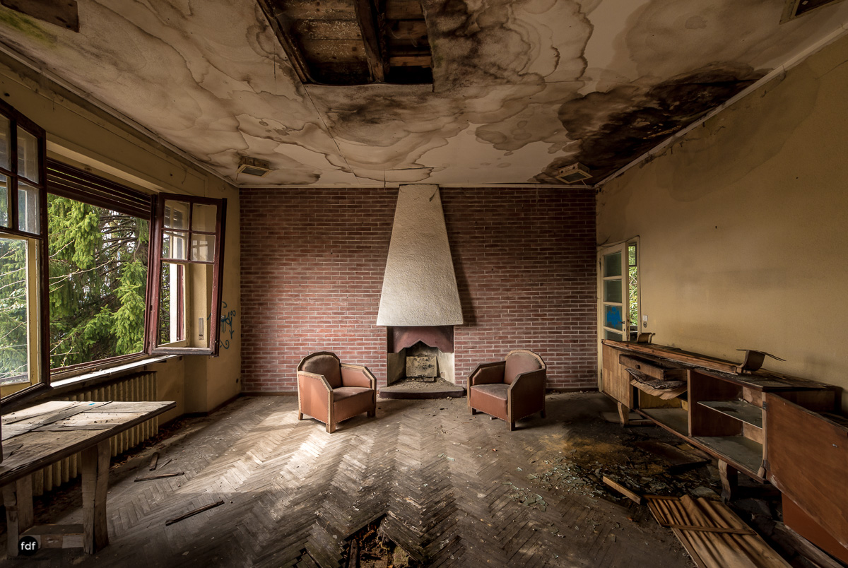 Red Cross Hospital-Klinik-Kinderheim-Lost Place-Italien-62.JPG