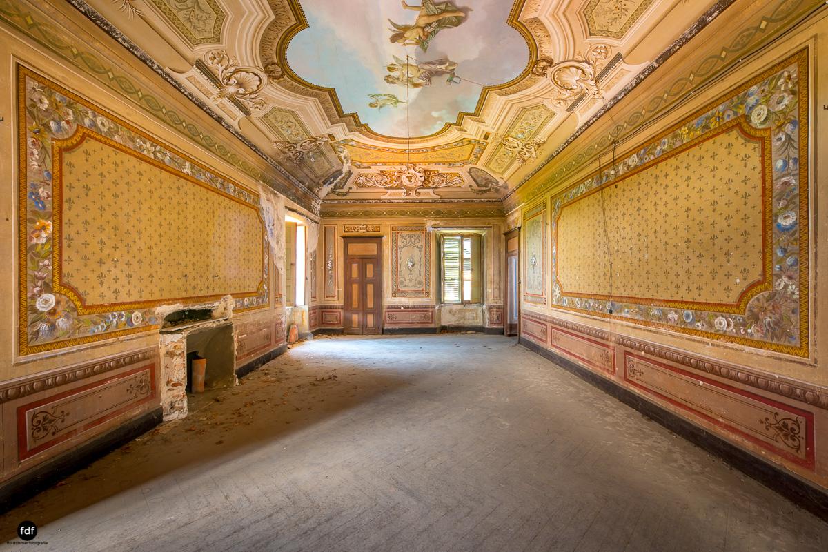 Oriental Gem-Herrenhaus-Lost Place-Italien-20.JPG