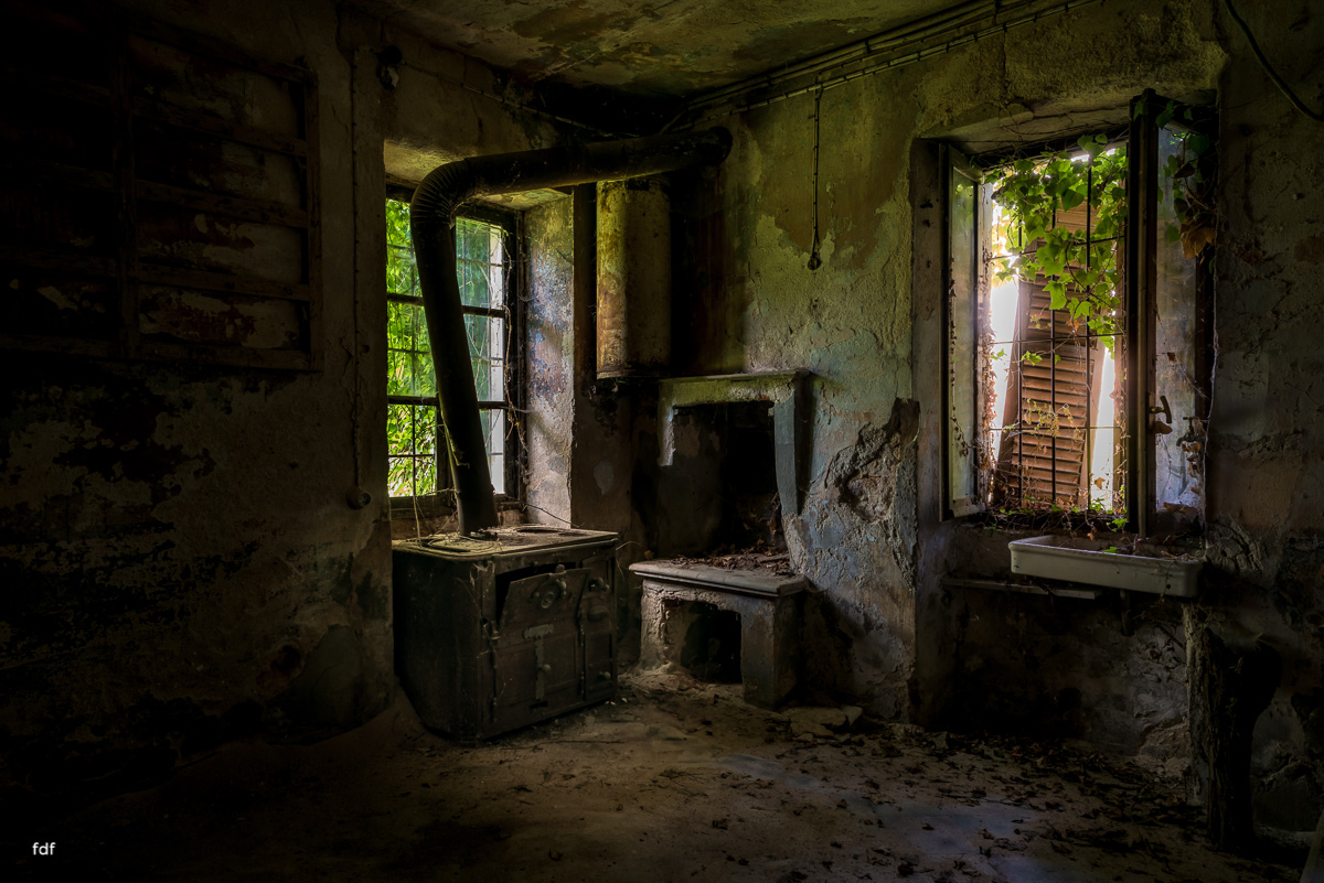 Oriental Gem-Herrenhaus-Lost Place-Italien-41.JPG