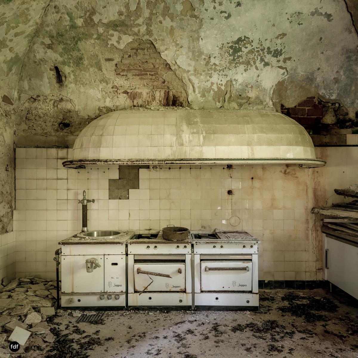 Villa Grazia-Herrenhaus-Kapelle-Lost Place-Italien-8.JPG