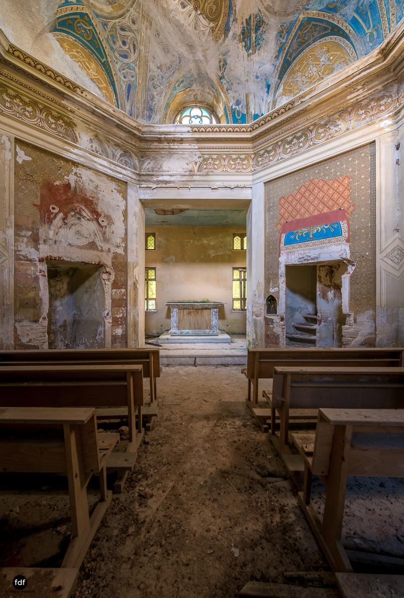 Villa Grazia-Herrenhaus-Kapelle-Lost Place-Italien-12.JPG
