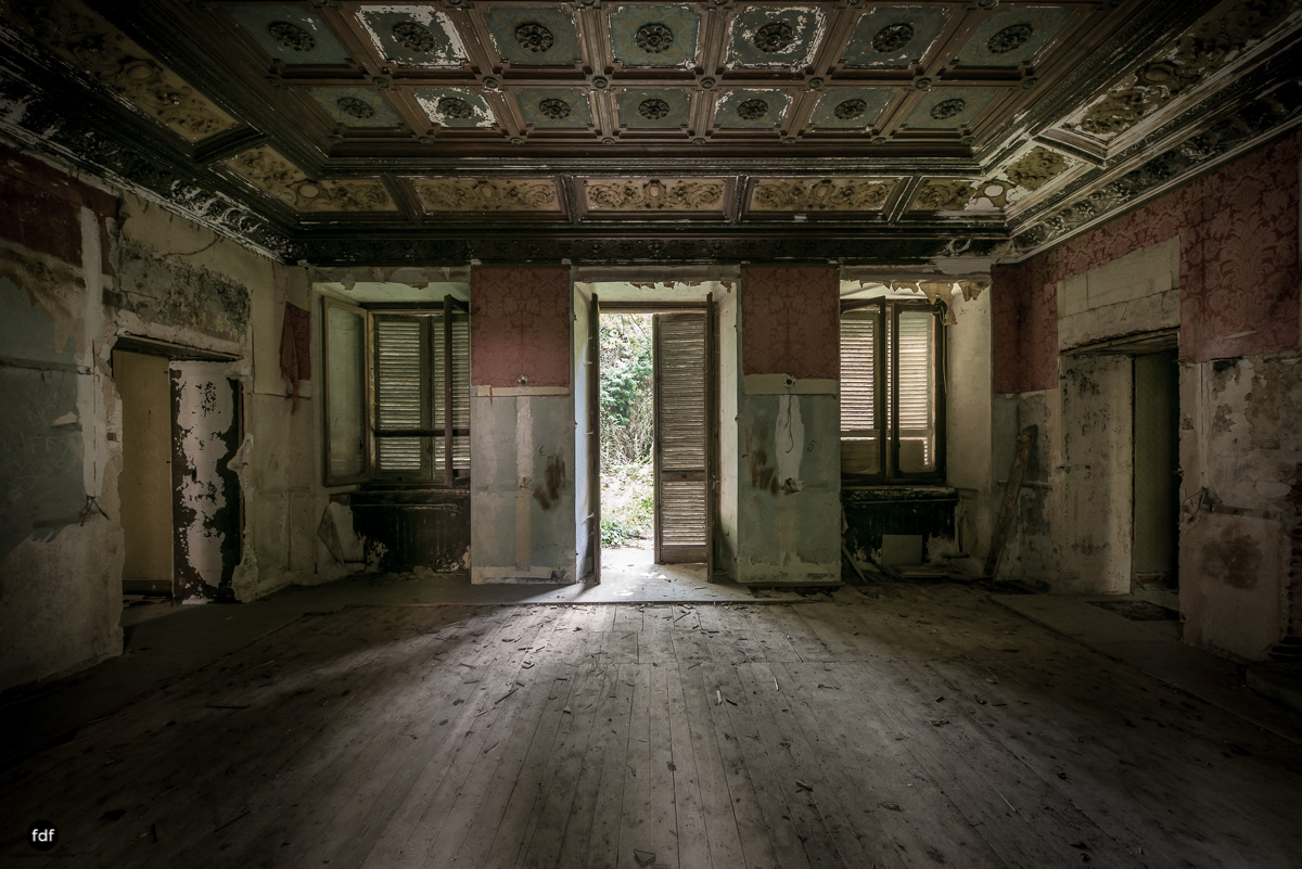 Villa Grazia-Herrenhaus-Kapelle-Lost Place-Italien-35.JPG