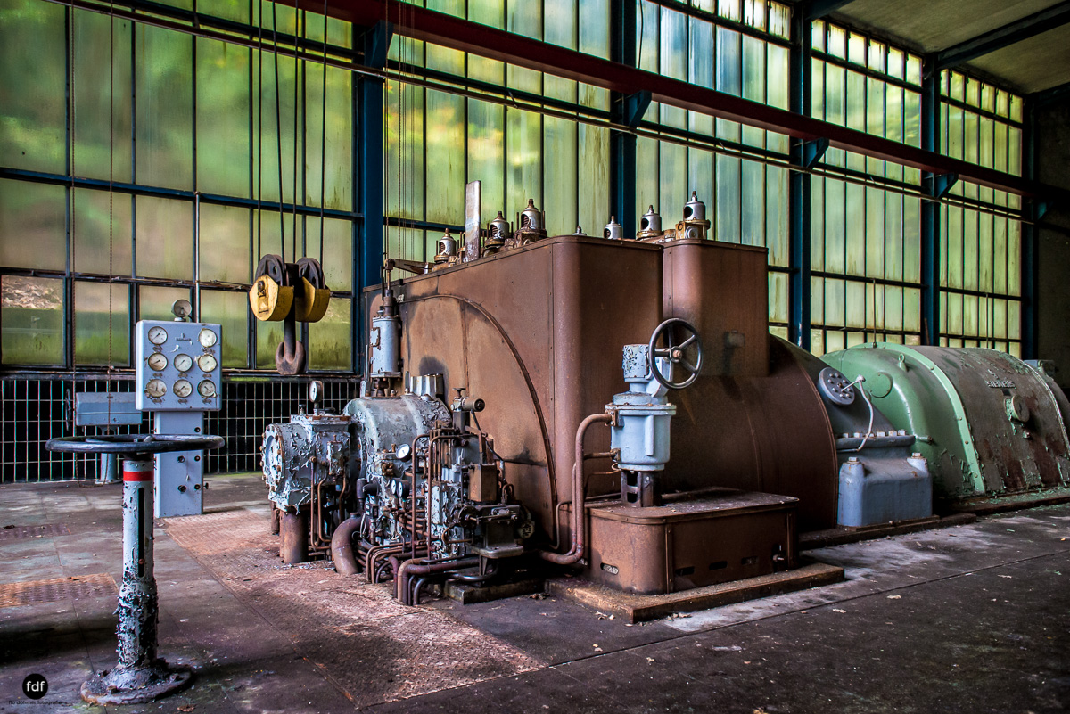 Papierfabrik-Industrie-Kraftwerk-Lost Place-Deutschland-71.JPG