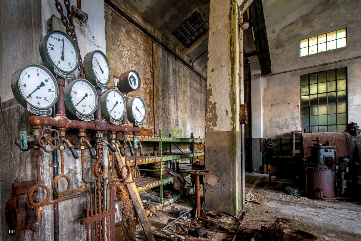 Papierfabrik-Industrie-Kraftwerk-Lost Place-Deutschland-38.JPG