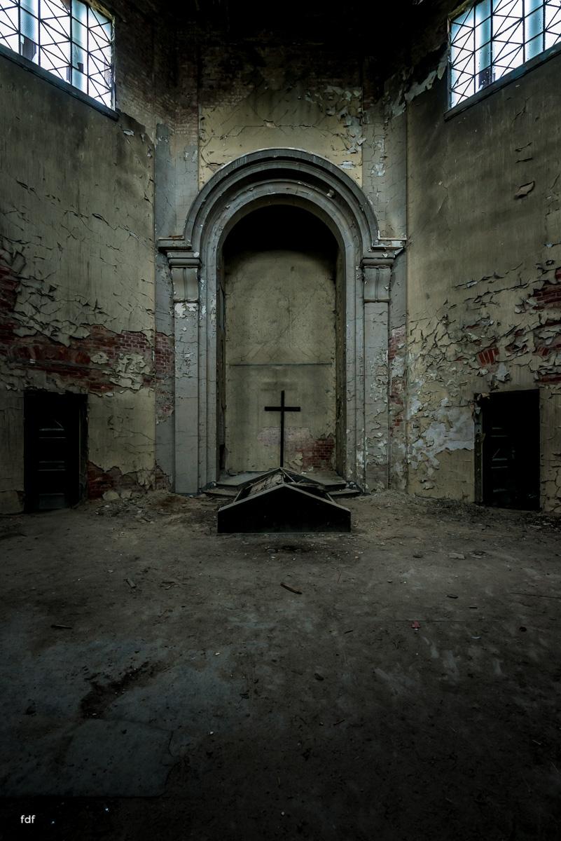 Krematorium D-Friedhof-Lost-Place-13.JPG