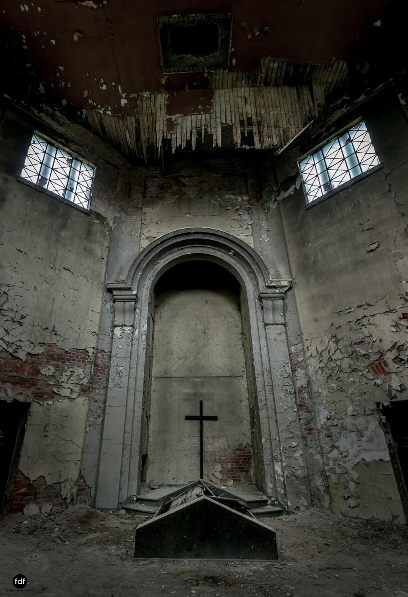 Krematorium D-Friedhof-Lost-Place-20.JPG