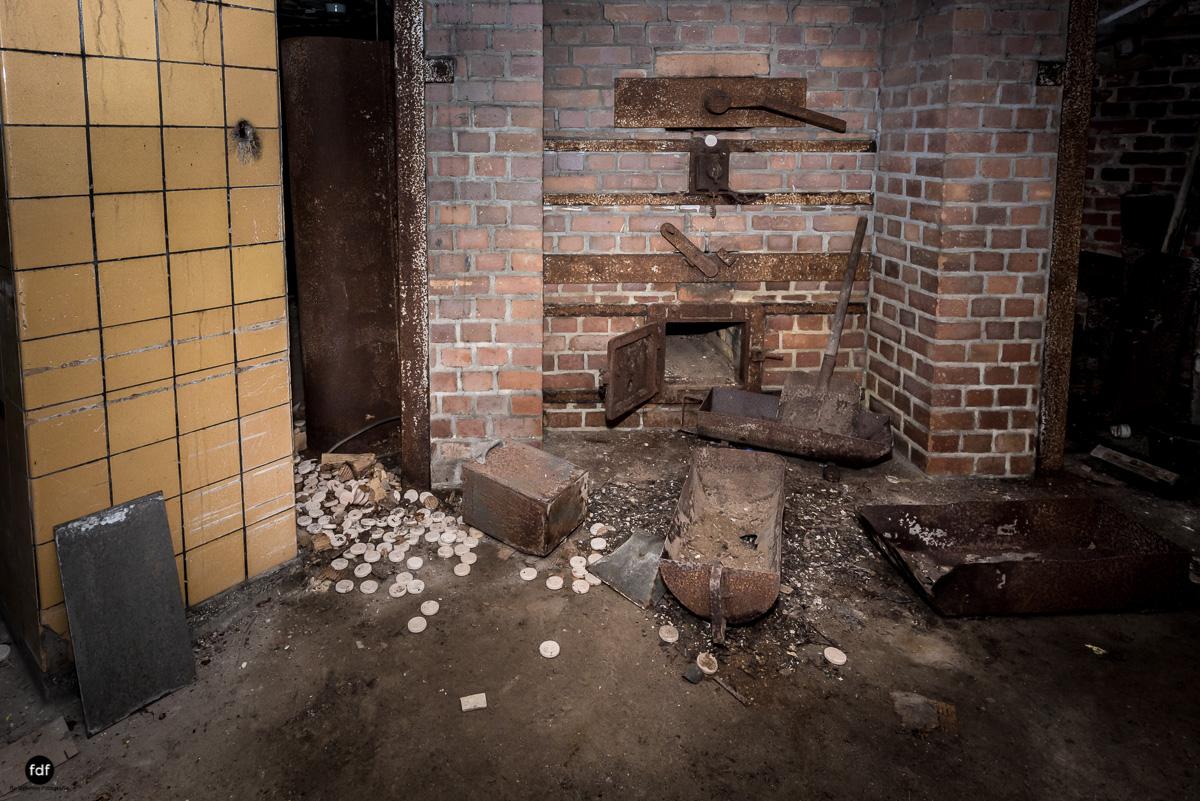 Krematorium D-Friedhof-Lost-Place-26.JPG