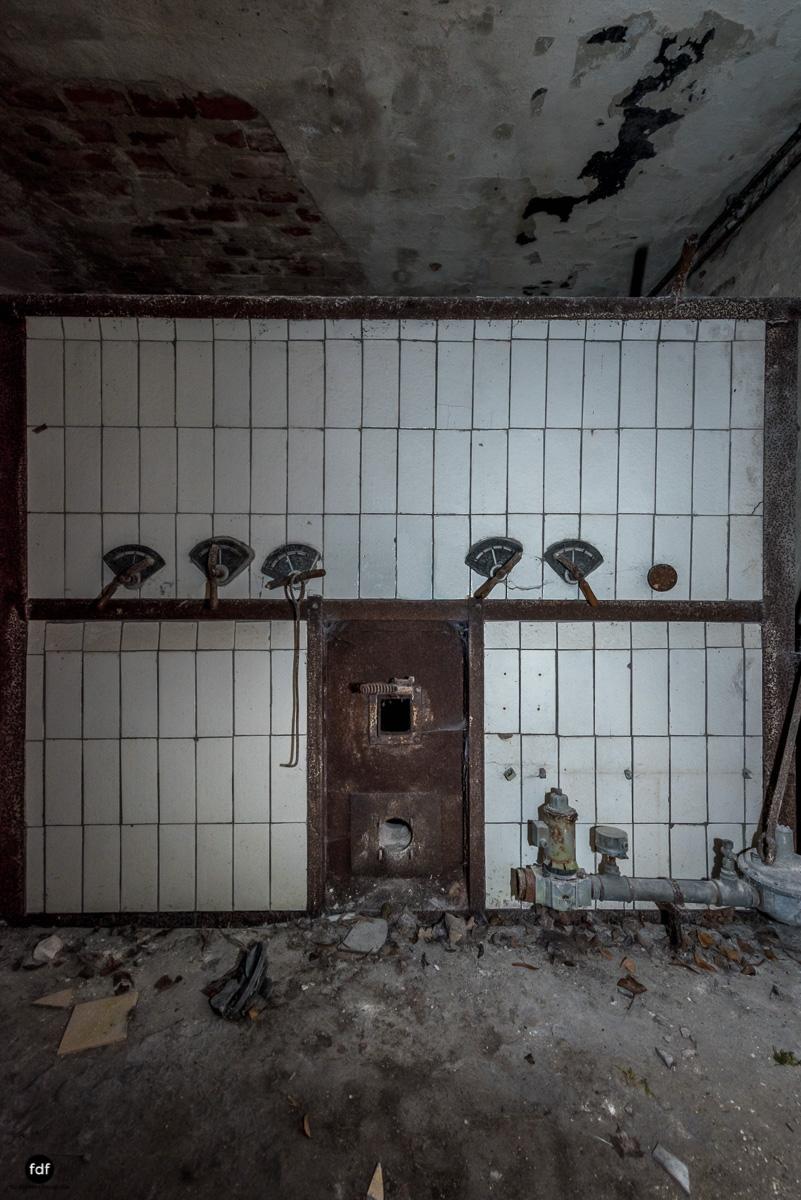 Krematorium D-Friedhof-Lost-Place-44-Bearbeitet.JPG