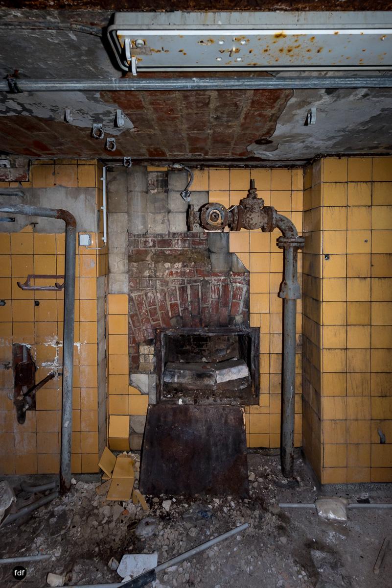 Krematorium D-Friedhof-Lost-Place-50.JPG
