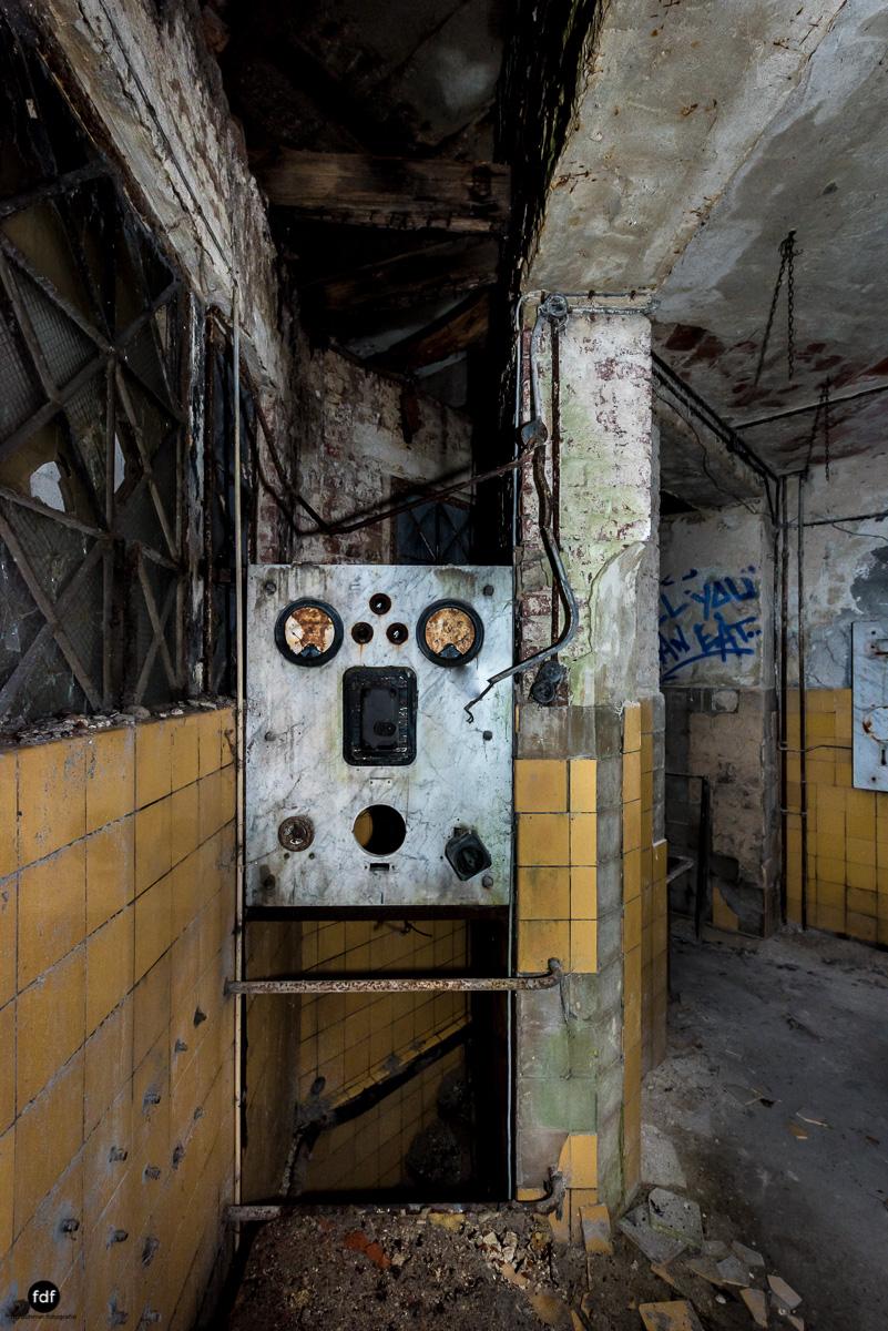 Krematorium D-Friedhof-Lost-Place-45.JPG