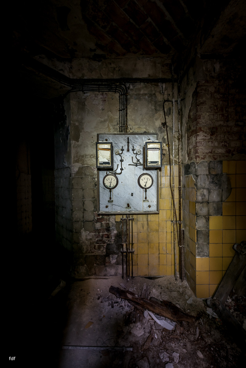 Krematorium D-Friedhof-Lost-Place-62.JPG