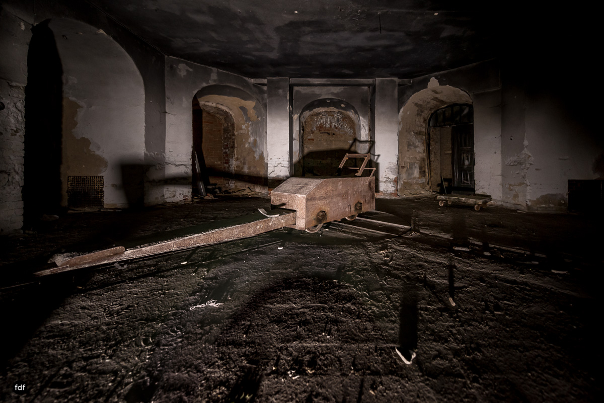 Krematorium D-Friedhof-Lost-Place-89.JPG