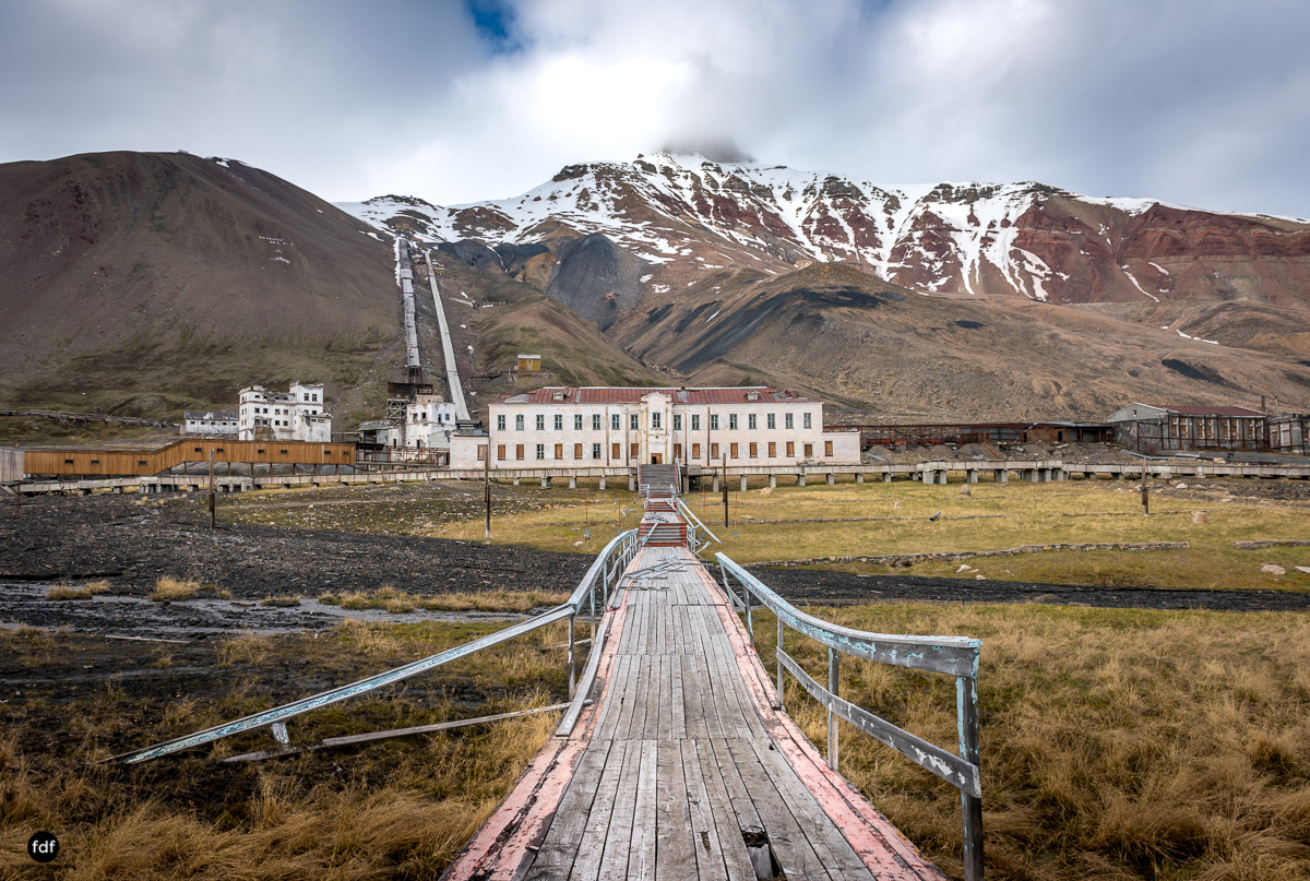 Pyramiden-Norwegen-Spitzbergen-Svalbard-Lost Place--283.JPG