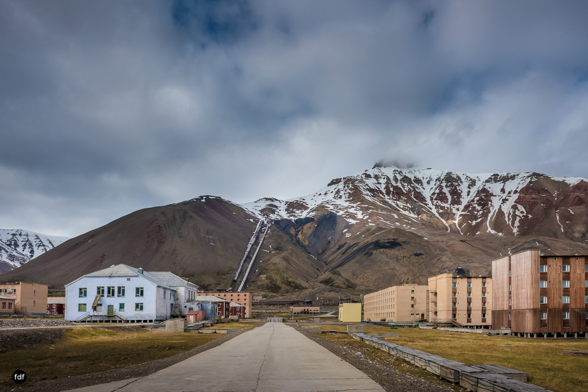 Pyramiden-Norwegen-Spitzbergen-Svalbard-Lost Place--133.JPG