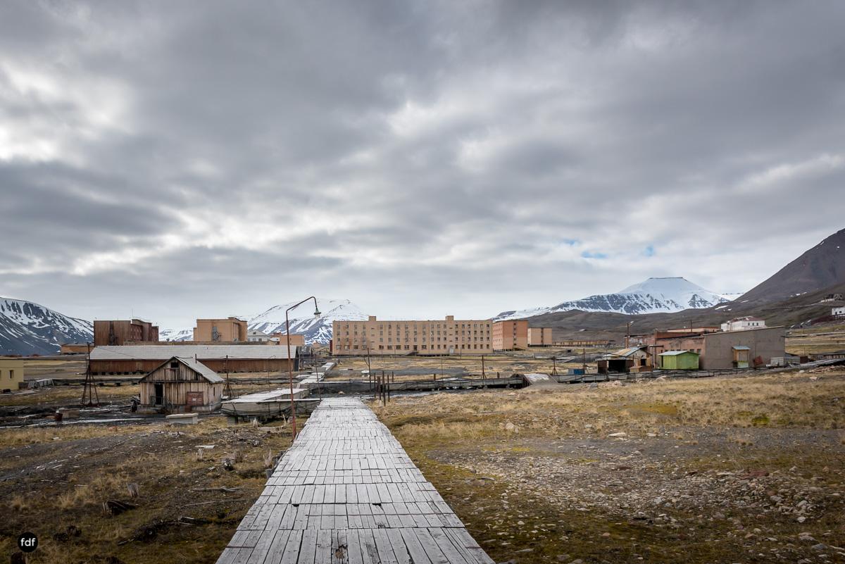 Pyramiden-Norwegen-Spitzbergen-Svalbard-Lost Place--101.JPG