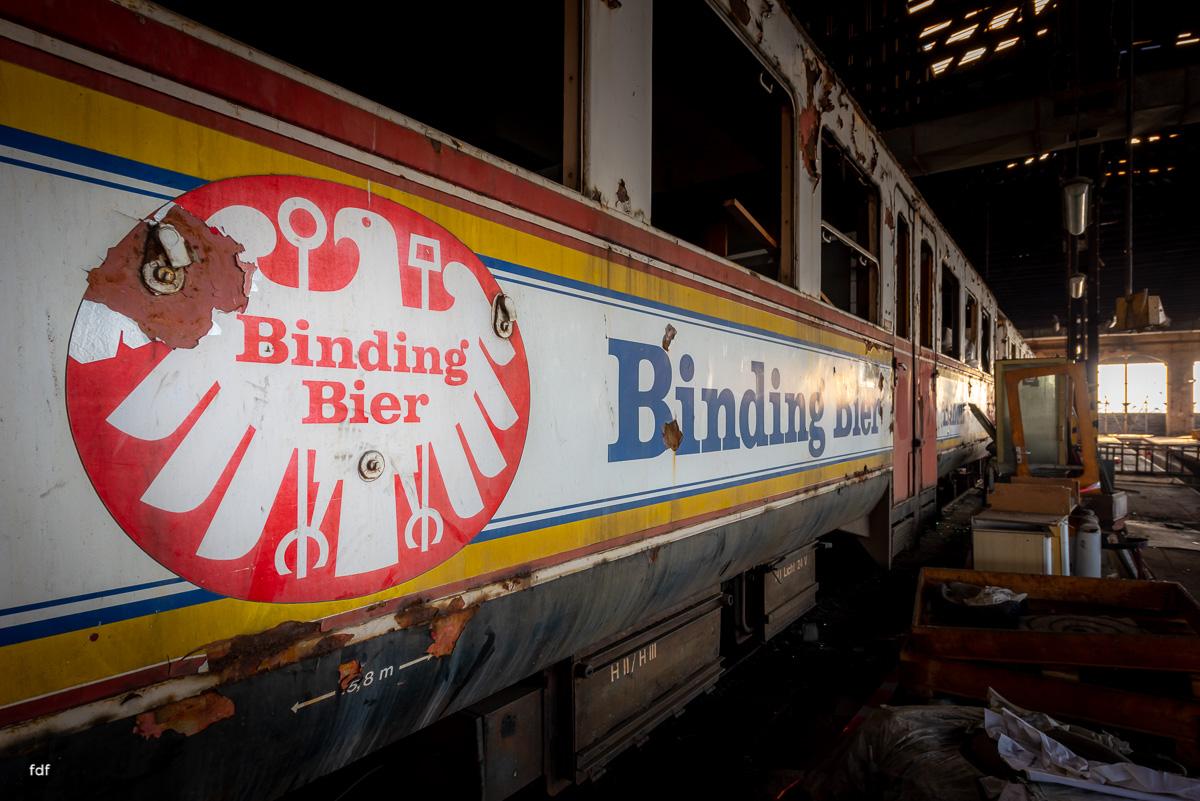 Red Trains-Rote Züge-Mitropa-Binding Bier-Bahn-Lost Place-78.JPG