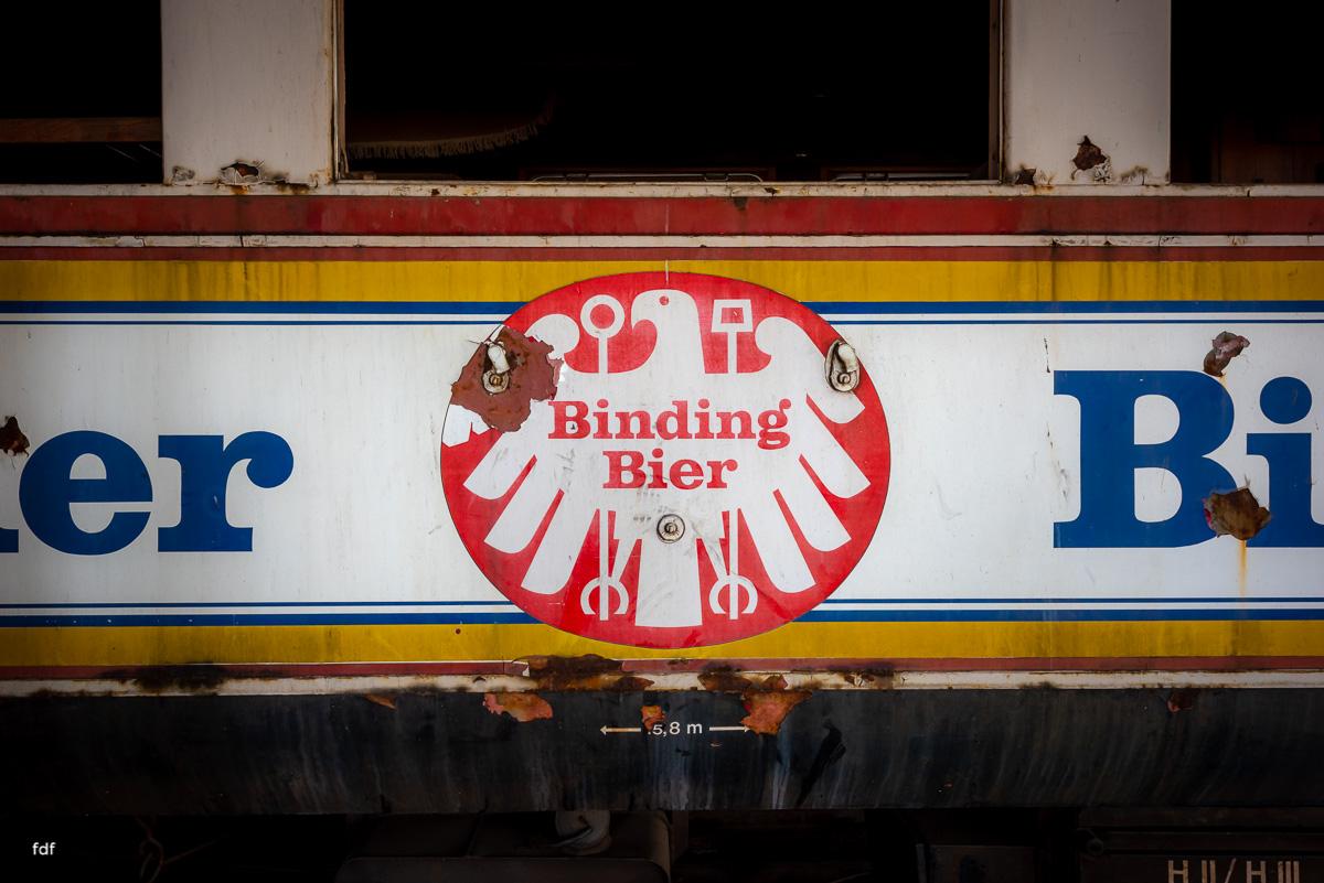 Red Trains-Rote Züge-Mitropa-Binding Bier-Bahn-Lost Place-77.JPG