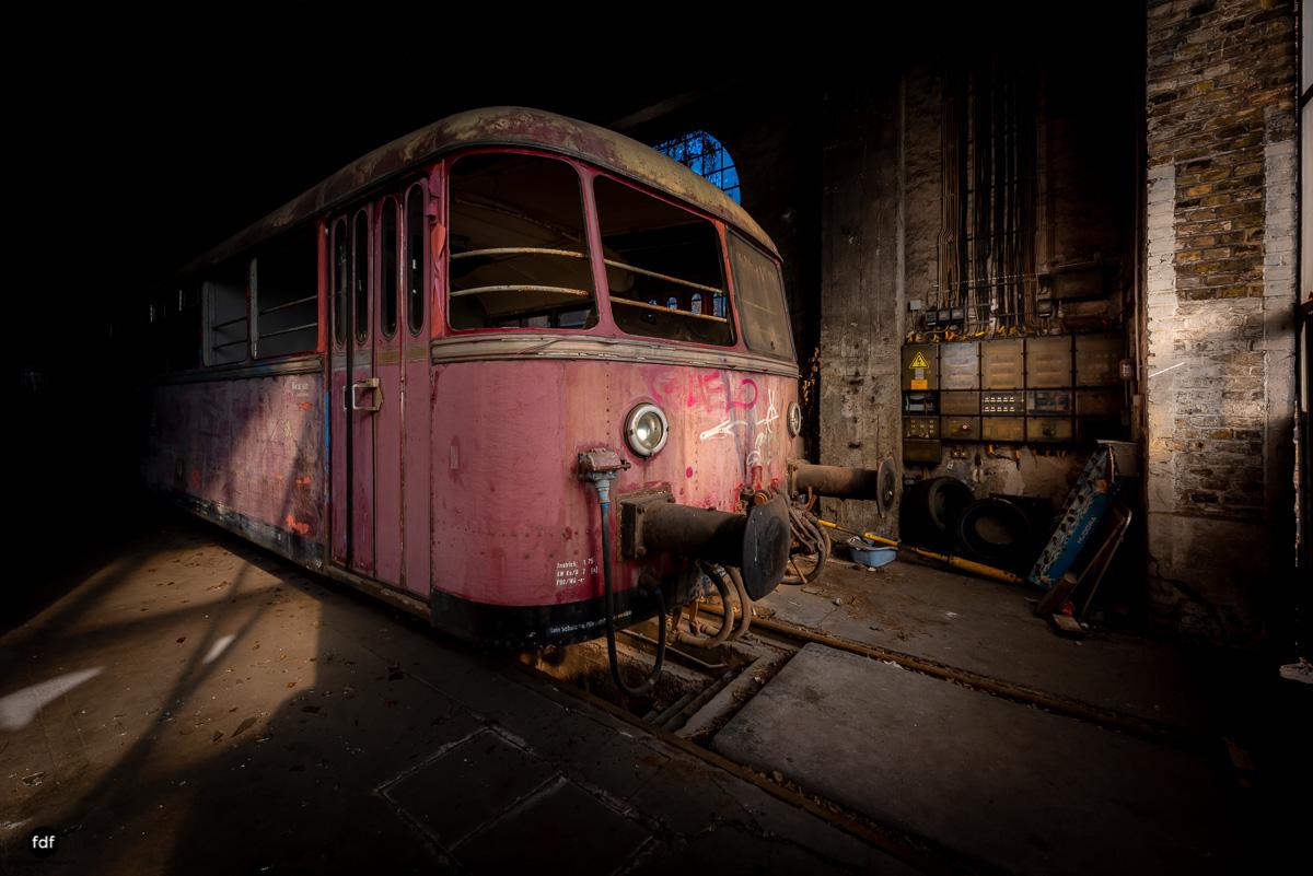 Red Trains-Rote Züge-Mitropa-Binding Bier-Bahn-Lost Place-100.JPG