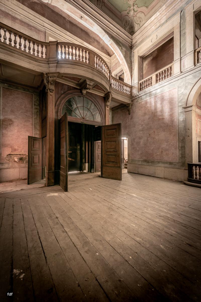 Palacio RG-Museum-Herrenhaus-Lost Place-Portugal-18.JPG
