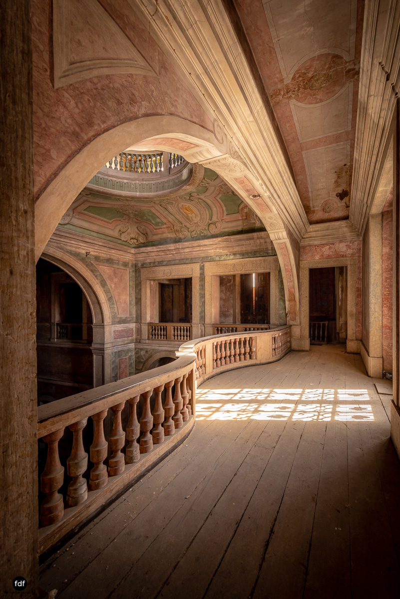 Palacio RG-Museum-Herrenhaus-Lost Place-Portugal-42.JPG