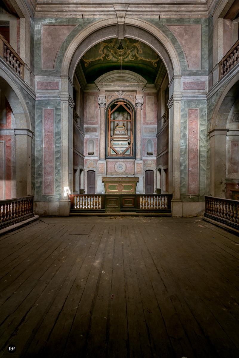 Palacio RG-Museum-Herrenhaus-Lost Place-Portugal-96.JPG