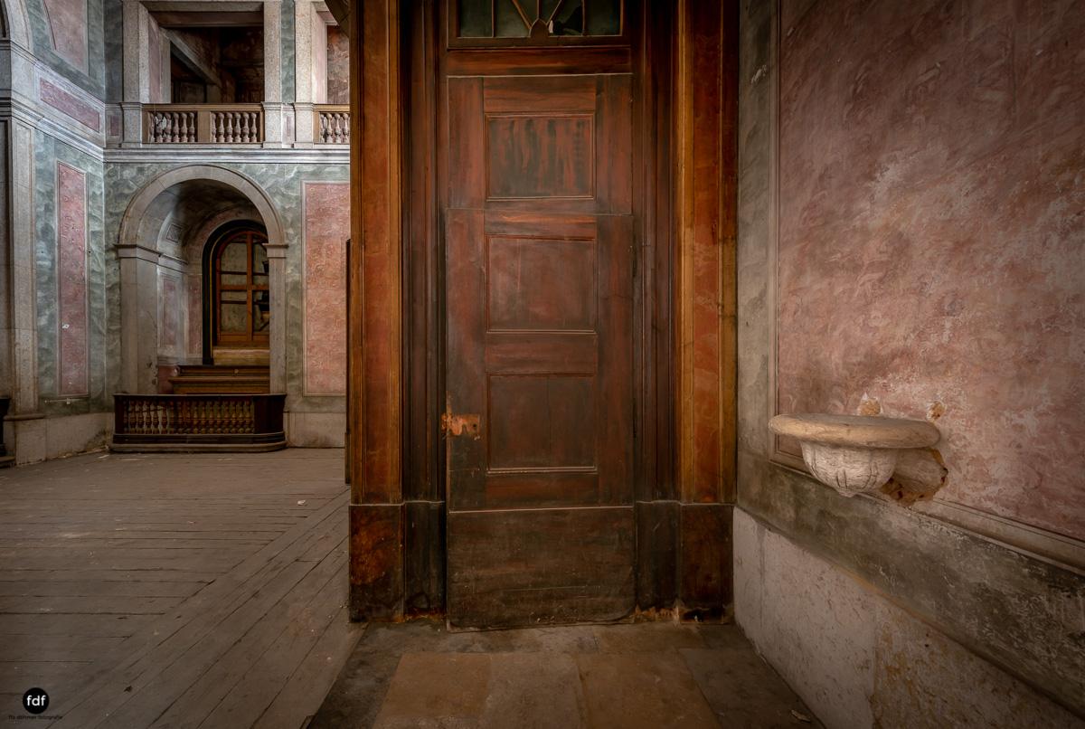 Palacio RG-Museum-Herrenhaus-Lost Place-Portugal-98.JPG