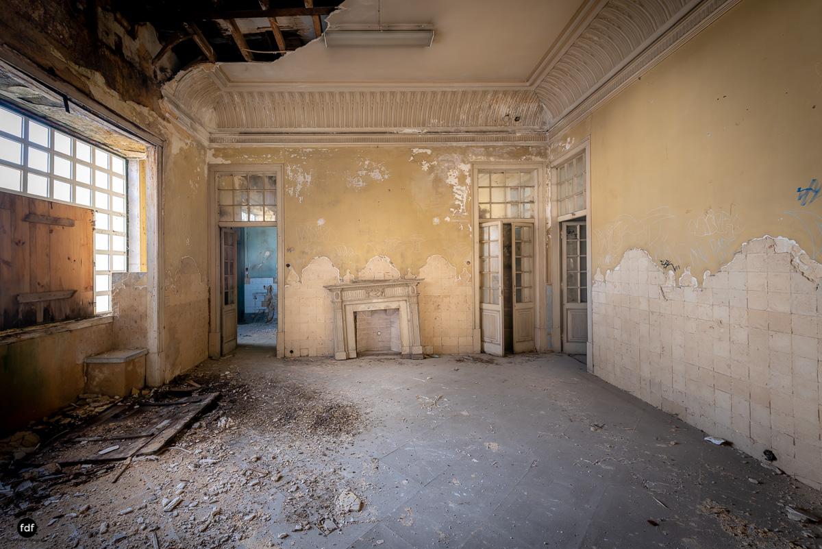 Palacio RG-Museum-Herrenhaus-Lost Place-Portugal-45.JPG