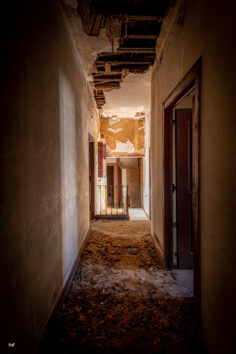 Palacio RG-Museum-Herrenhaus-Lost Place-Portugal-83.JPG