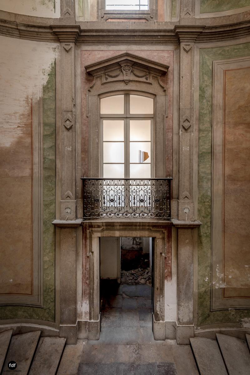 Palacio RG-Museum-Herrenhaus-Lost Place-Portugal-148-Bearbeitet.JPG