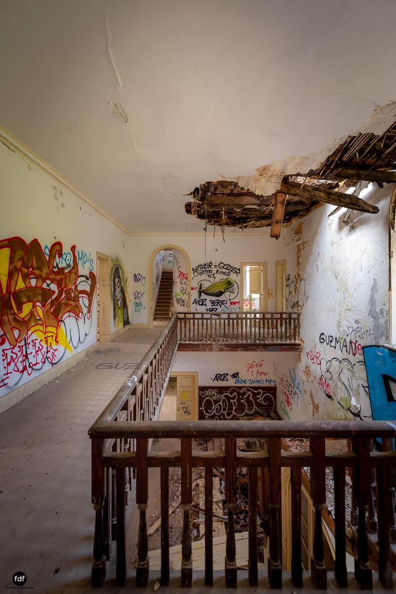Palacio da C-Hotel Kennedy-Strand-Lost Place-Portugal-44.JPG