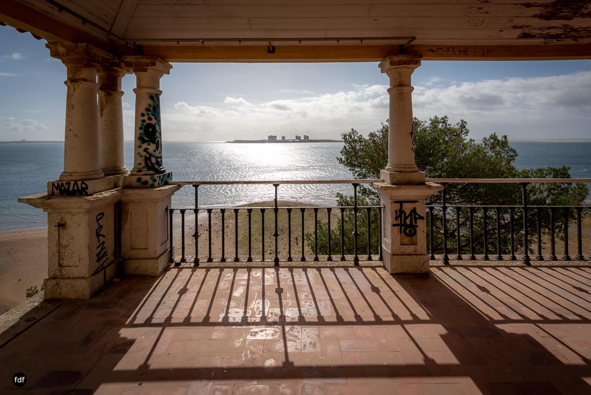 Palacio da C-Hotel Kennedy-Strand-Lost Place-Portugal-47.JPG
