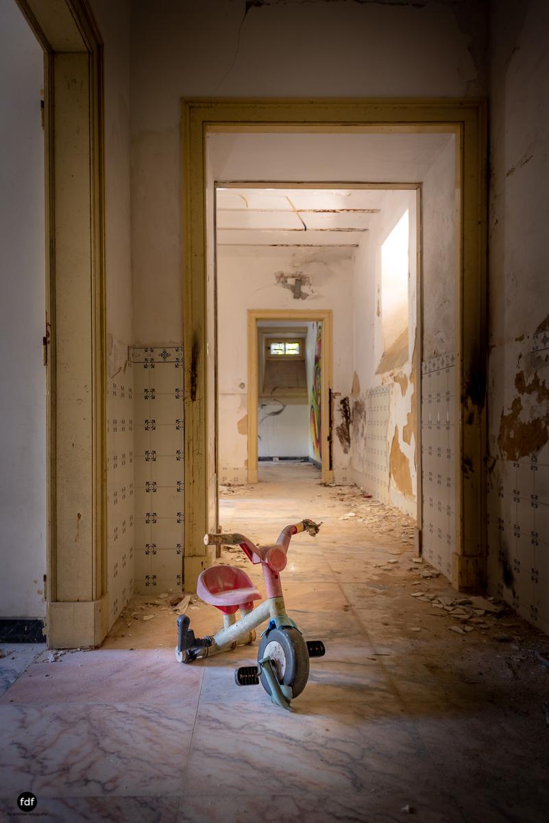Palacio da C-Hotel Kennedy-Strand-Lost Place-Portugal-57.JPG
