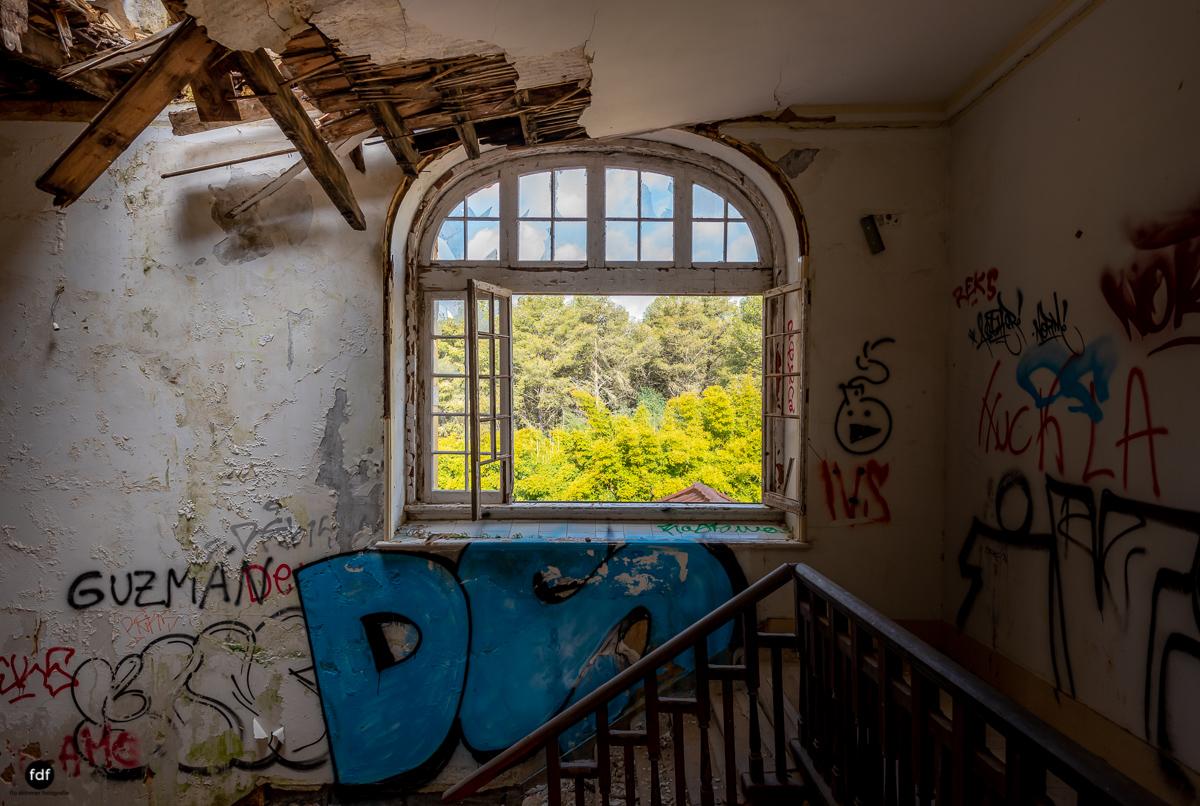 Palacio da C-Hotel Kennedy-Strand-Lost Place-Portugal-49.JPG