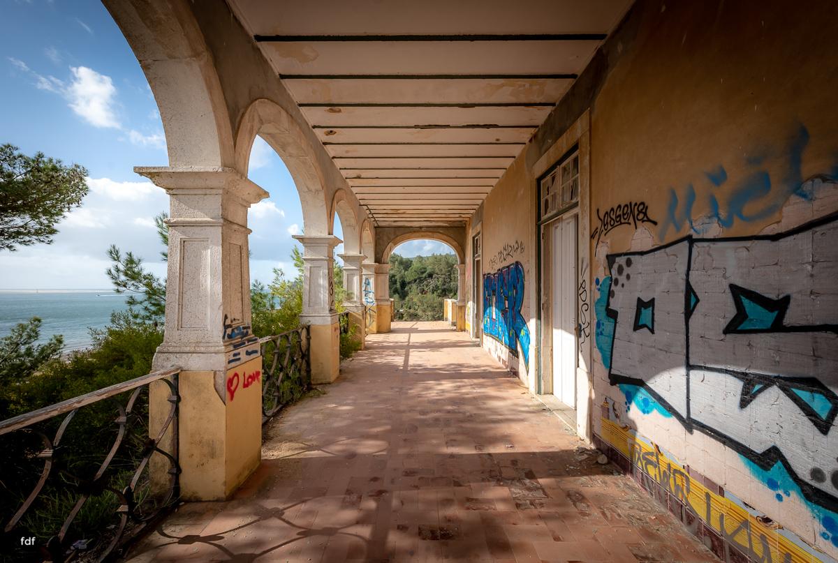 Palacio da C-Hotel Kennedy-Strand-Lost Place-Portugal-65.JPG