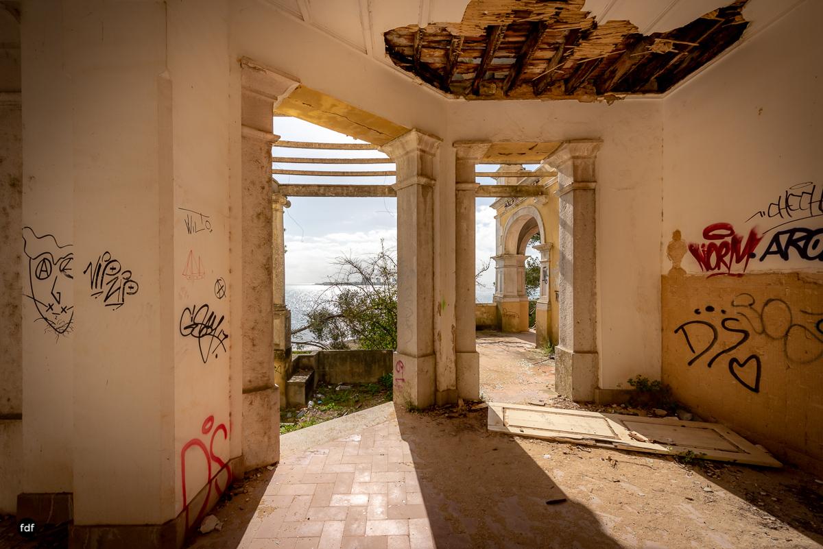 Palacio da C-Hotel Kennedy-Strand-Lost Place-Portugal-69.JPG
