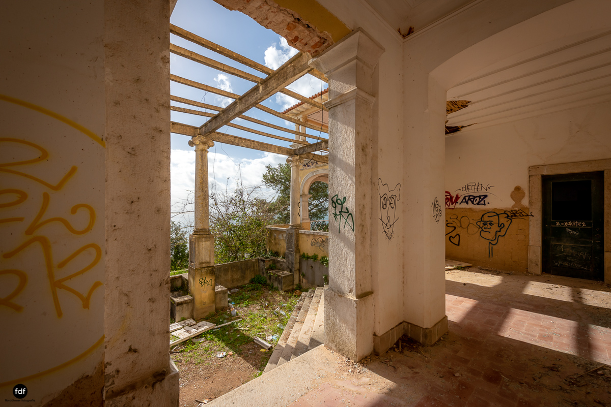 Palacio da C-Hotel Kennedy-Strand-Lost Place-Portugal-70.JPG