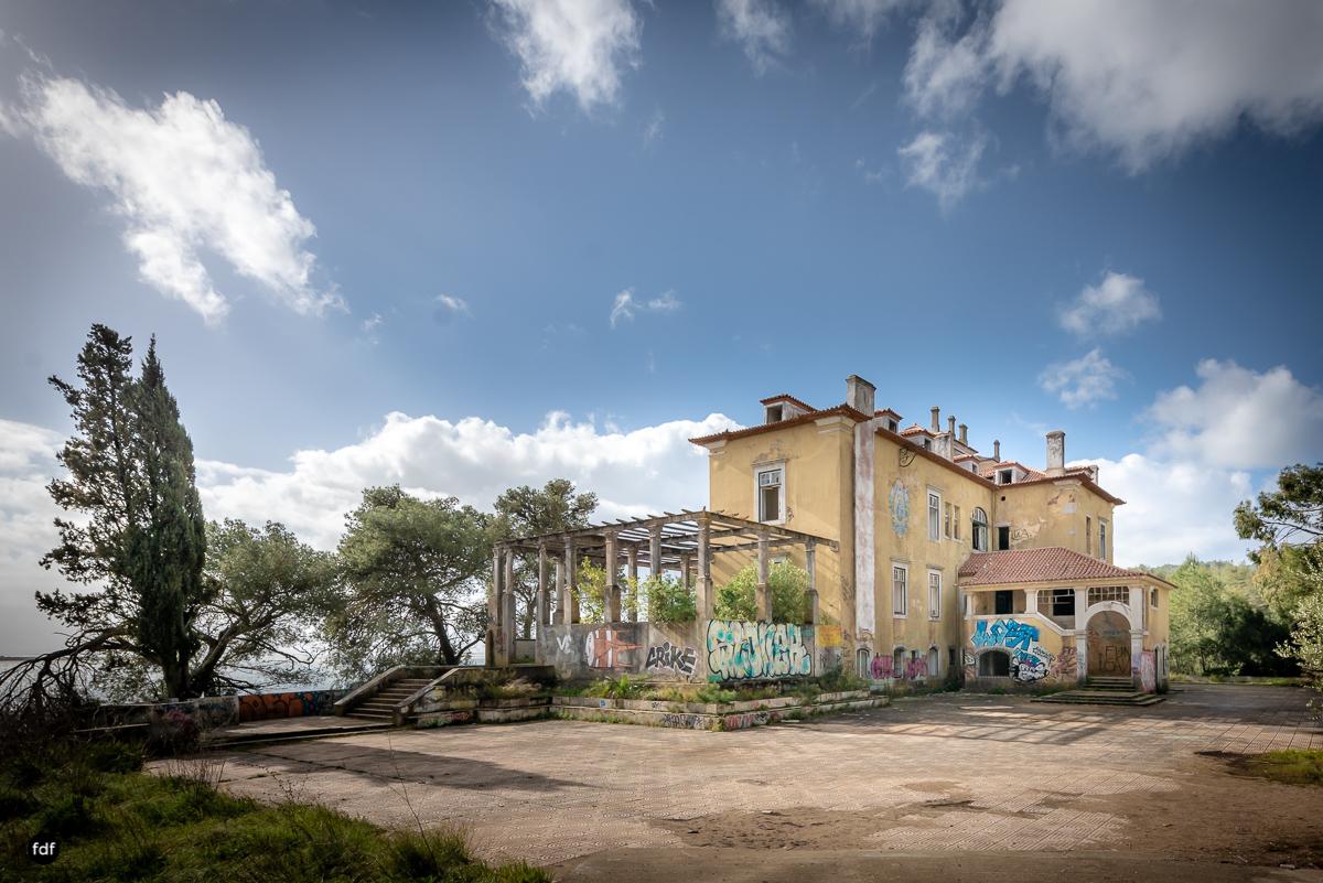 Palacio da C-Hotel Kennedy-Strand-Lost Place-Portugal-75.JPG