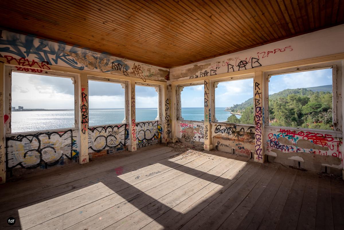 Palacio da C-Hotel Kennedy-Strand-Lost Place-Portugal-86.JPG