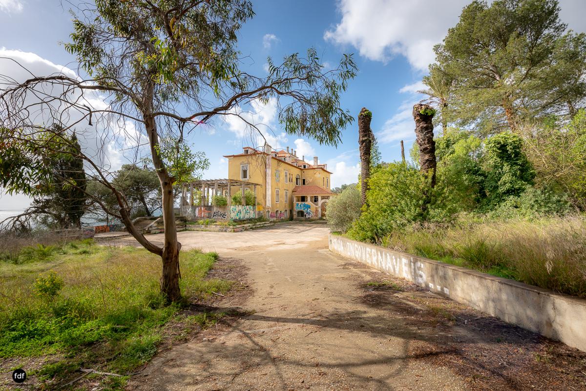 Palacio da C-Hotel Kennedy-Strand-Lost Place-Portugal-97.JPG