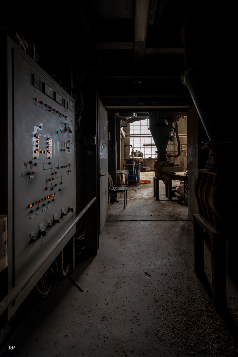 Agrocenter-Silo-Industrie-Lost Place-Luxemburg-250.JPG