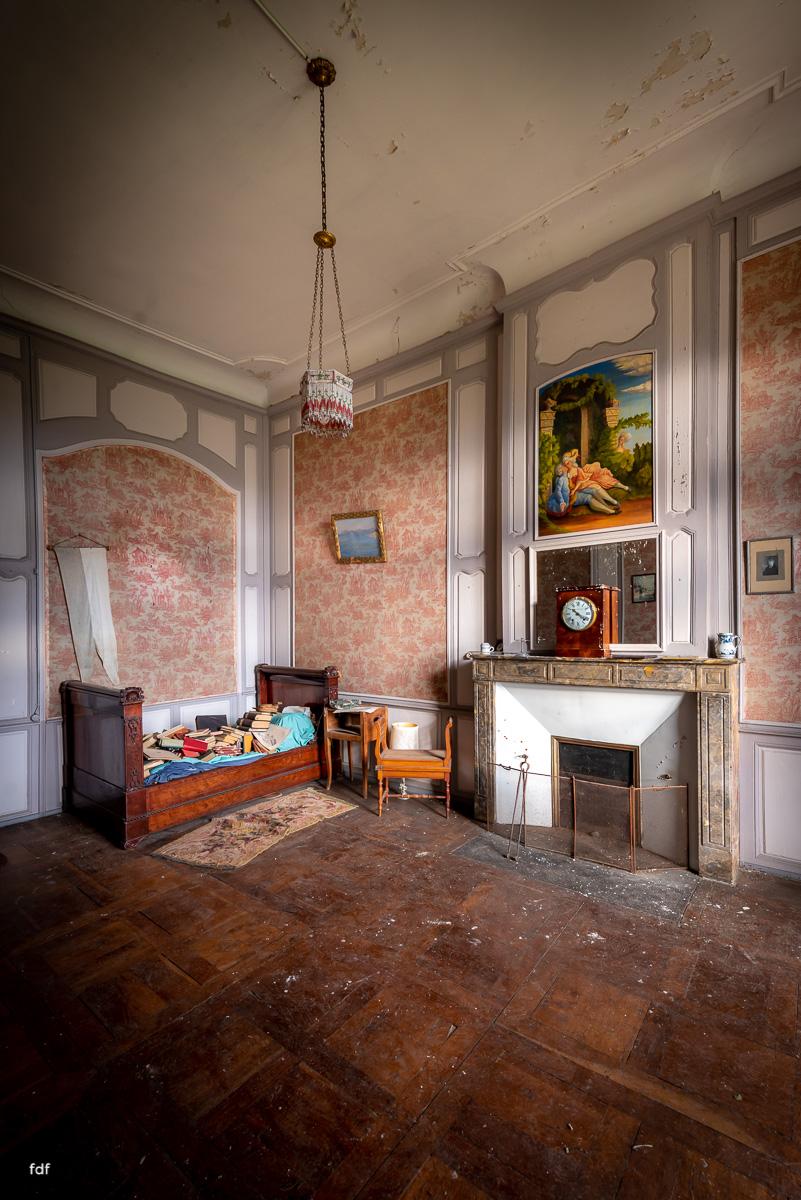 Chateau F-Schloss-Urbex-Frankreich-63.JPG