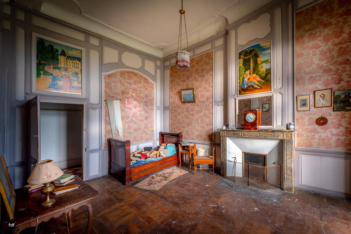 Chateau F-Schloss-Urbex-Frankreich-64-Bearbeitet.JPG