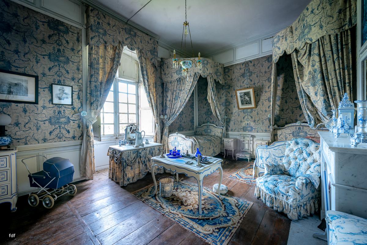Chateau F-Schloss-Urbex-Frankreich-75.JPG