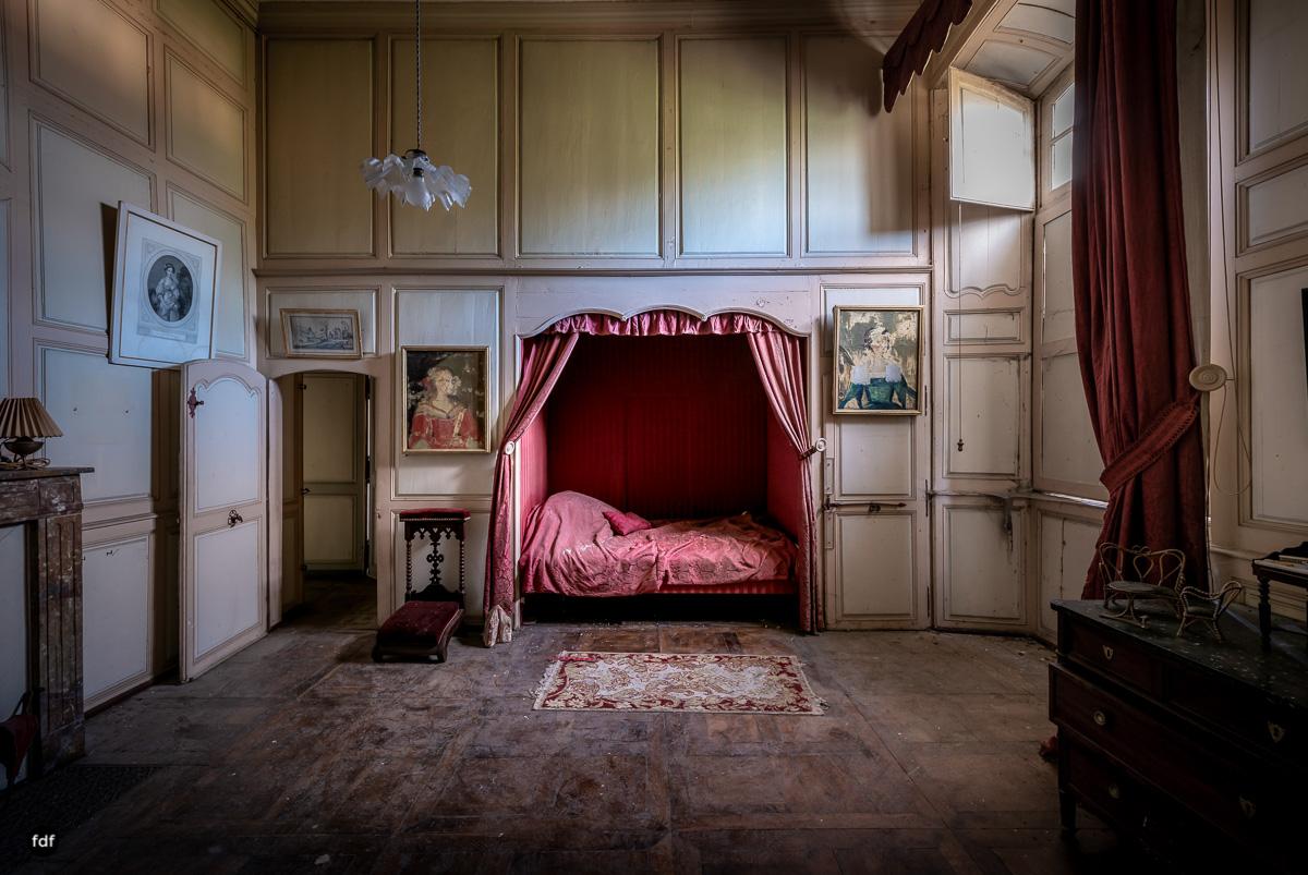 Chateau F-Schloss-Urbex-Frankreich-99.JPG