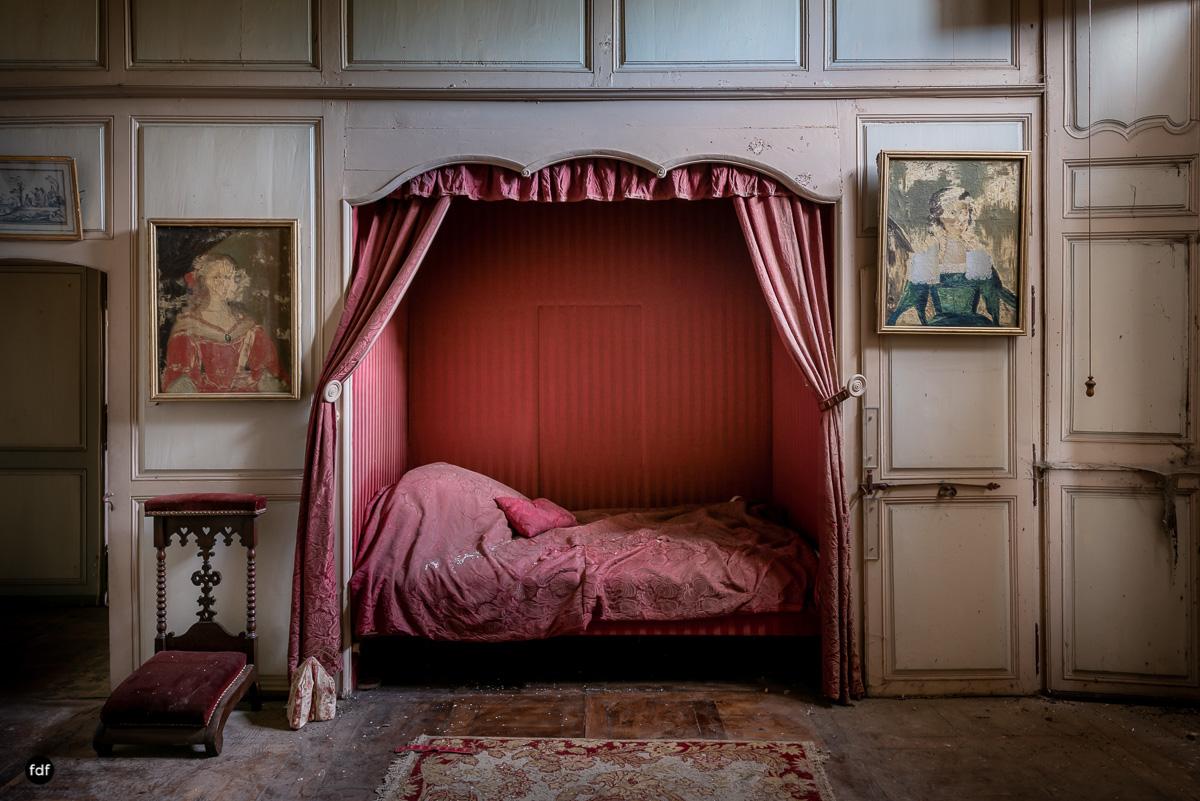 Chateau F-Schloss-Urbex-Frankreich-108.JPG