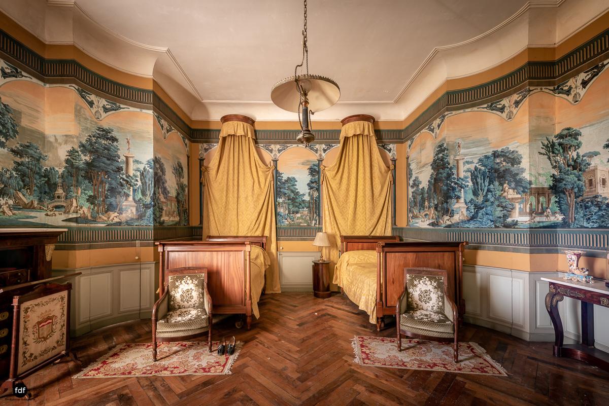 Chateau F-Schloss-Urbex-Frankreich-132.JPG