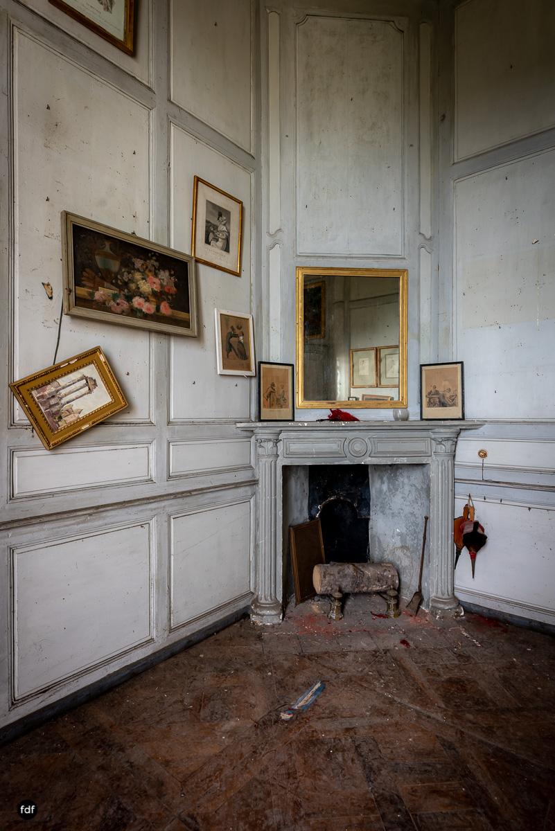 Chateau F-Schloss-Urbex-Frankreich-147.JPG