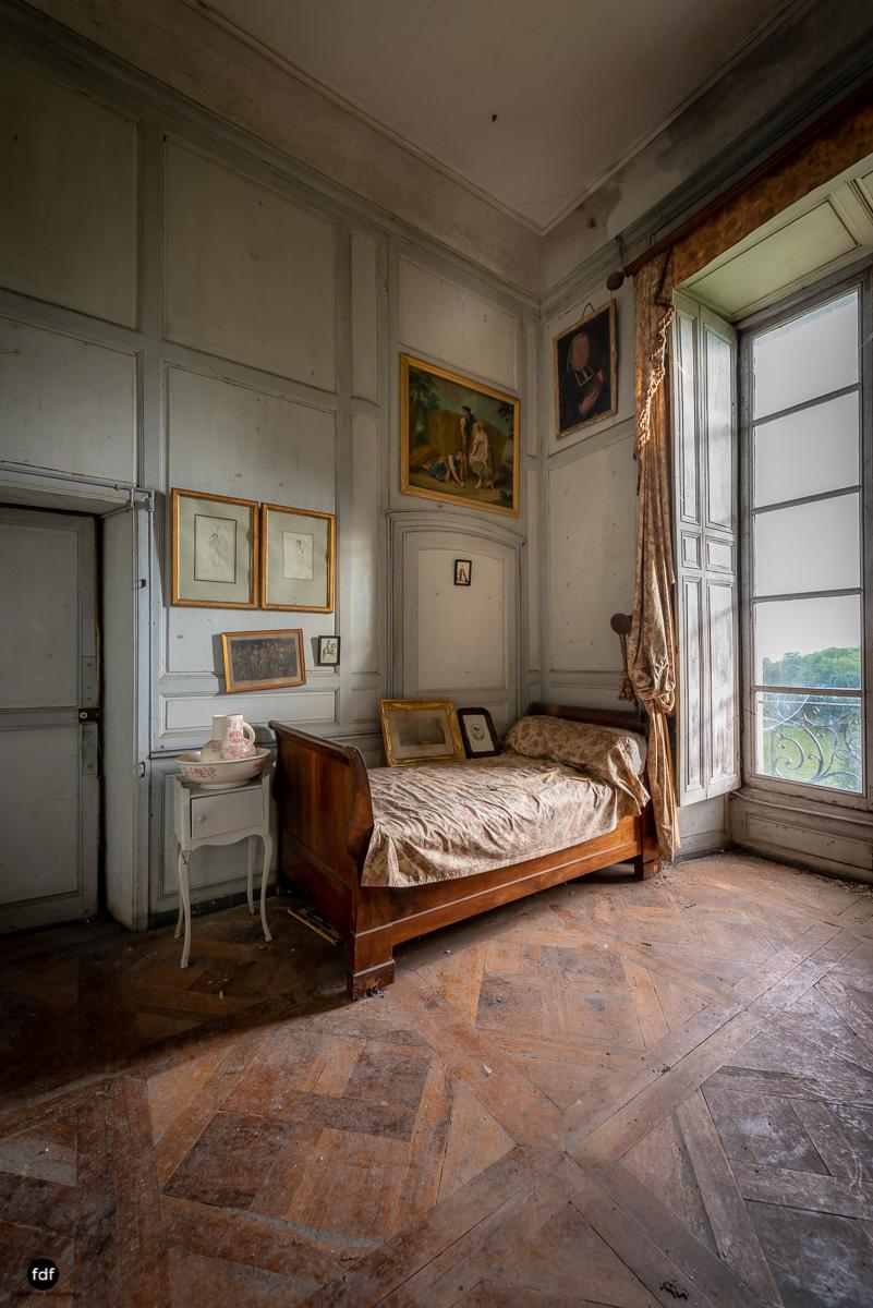 Chateau F-Schloss-Urbex-Frankreich-150.JPG