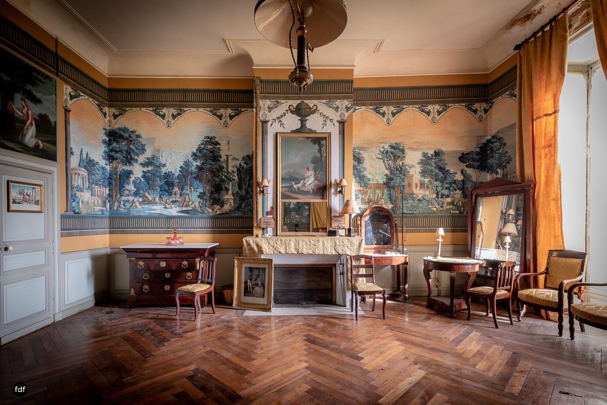 Chateau F-Schloss-Urbex-Frankreich-141.JPG