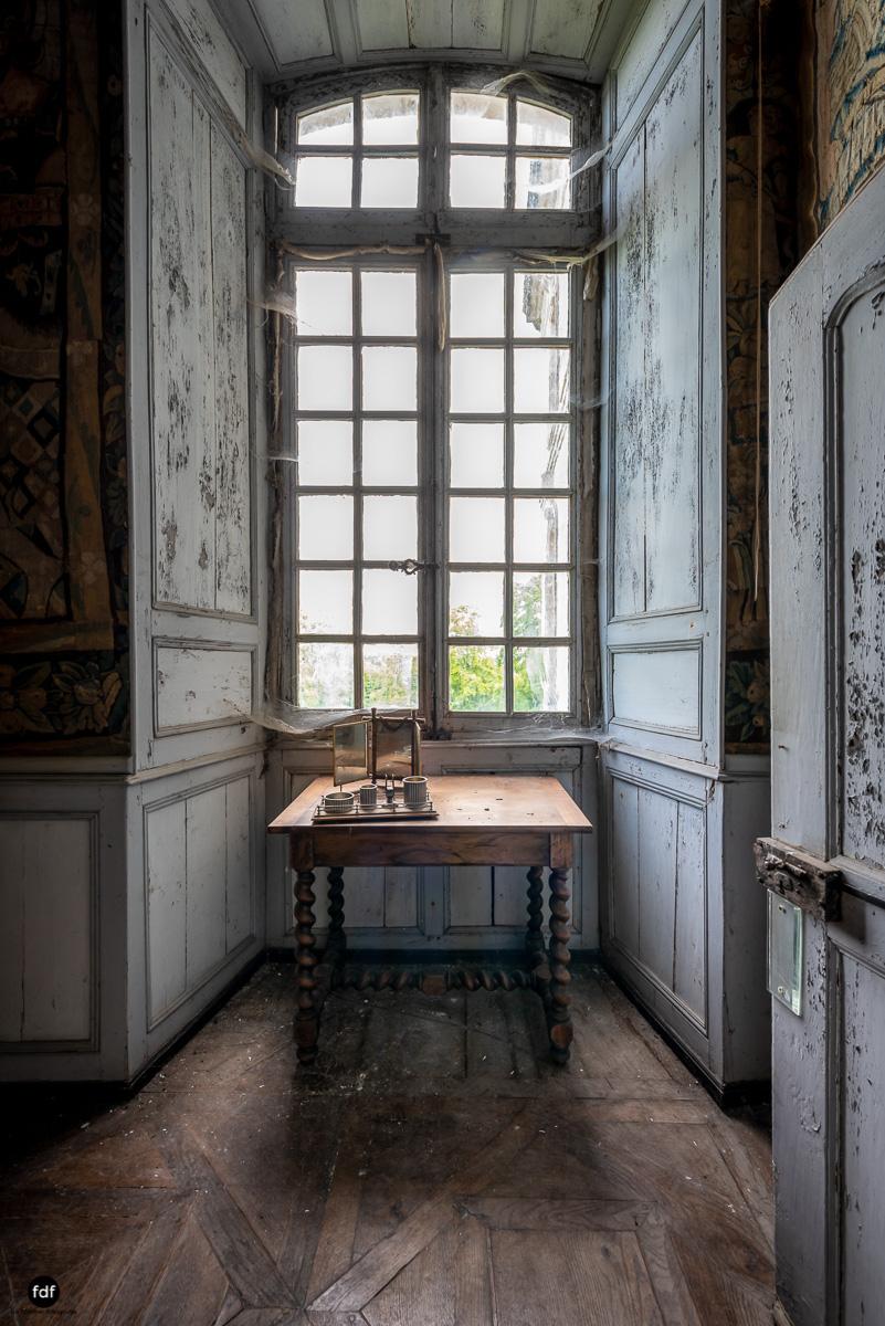 Chateau F-Schloss-Urbex-Frankreich-168-Bearbeitet.JPG